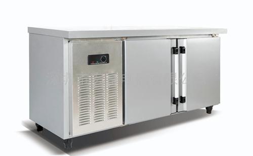 【包子设备】如何保持冷柜的卫生和冷柜的消毒方法